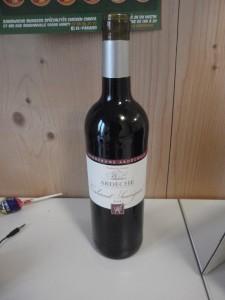 WeekendWineProject part one: Ardeche (sauvignon) red, 2.85€ from supermarket.