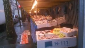 Paris: Surprise Saturday, so not surprising market at the streets.